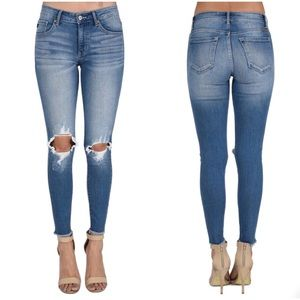 KanCan Mid Rise Super Destroyed Skinny Jeans (25)